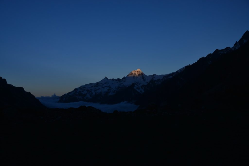 Sunrise in Kanchenjunga