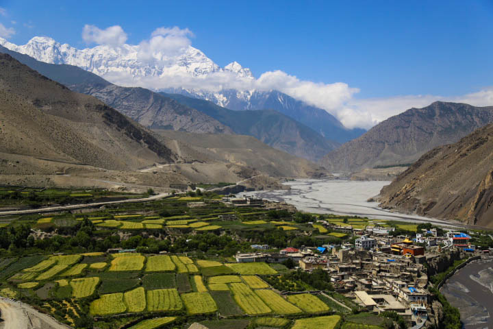 kagbeni village from viewpoint