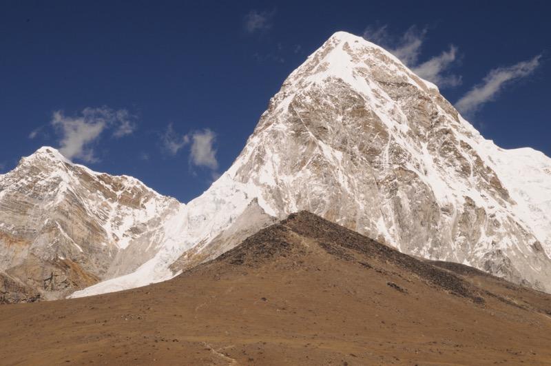 Pumori Mountain Kalapatthar