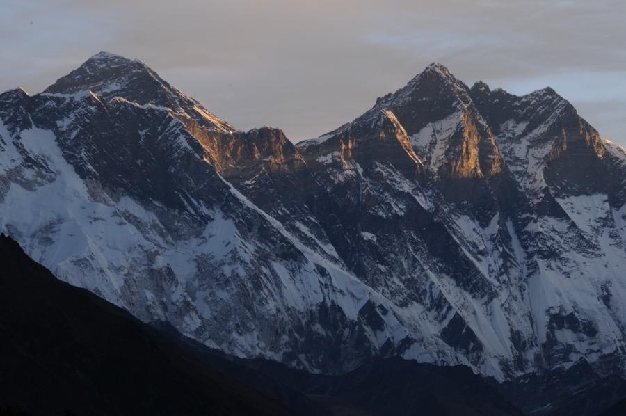 everest and lhotse sunrise