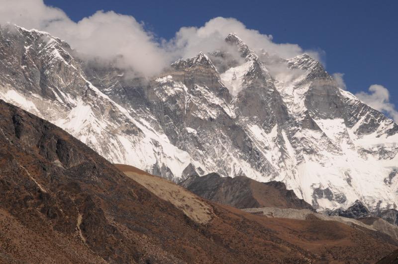 Lhotse Wall Chukung