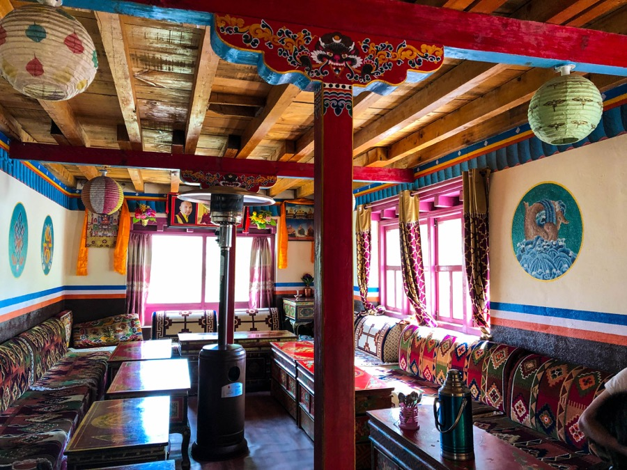 upper mustang accommodation