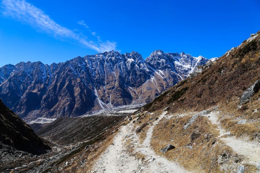 way to Bimthang