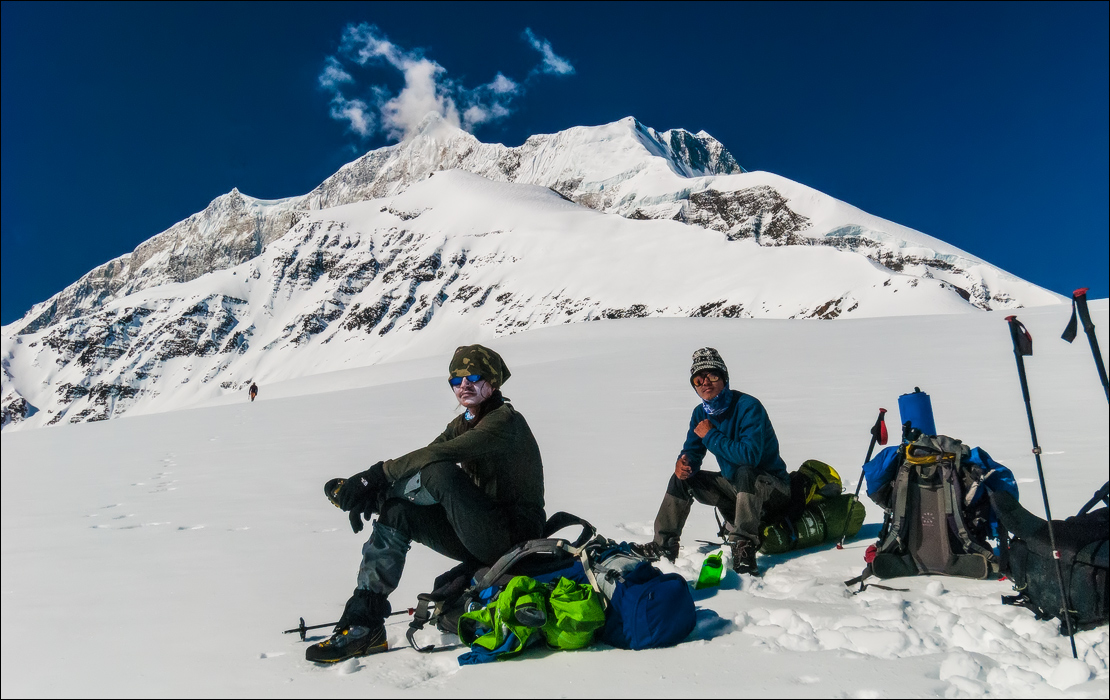 dhaulagiri circuit trek best season