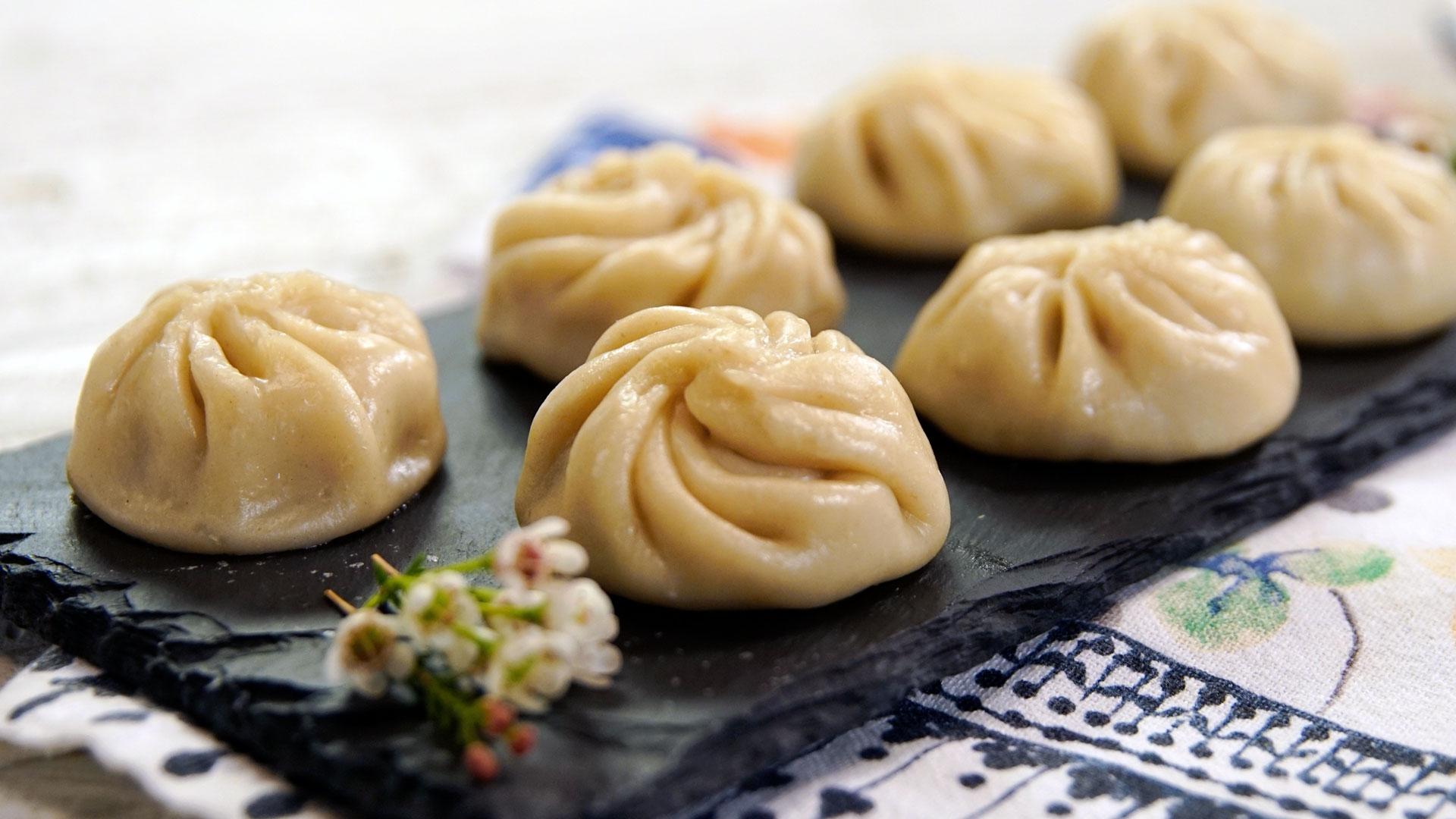 dumpling momo nepal