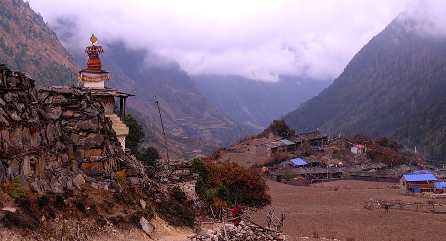 manaslu circuit trek best time