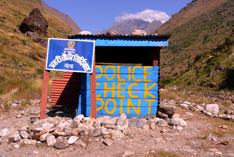 permit checking points in manaslu circuit trek